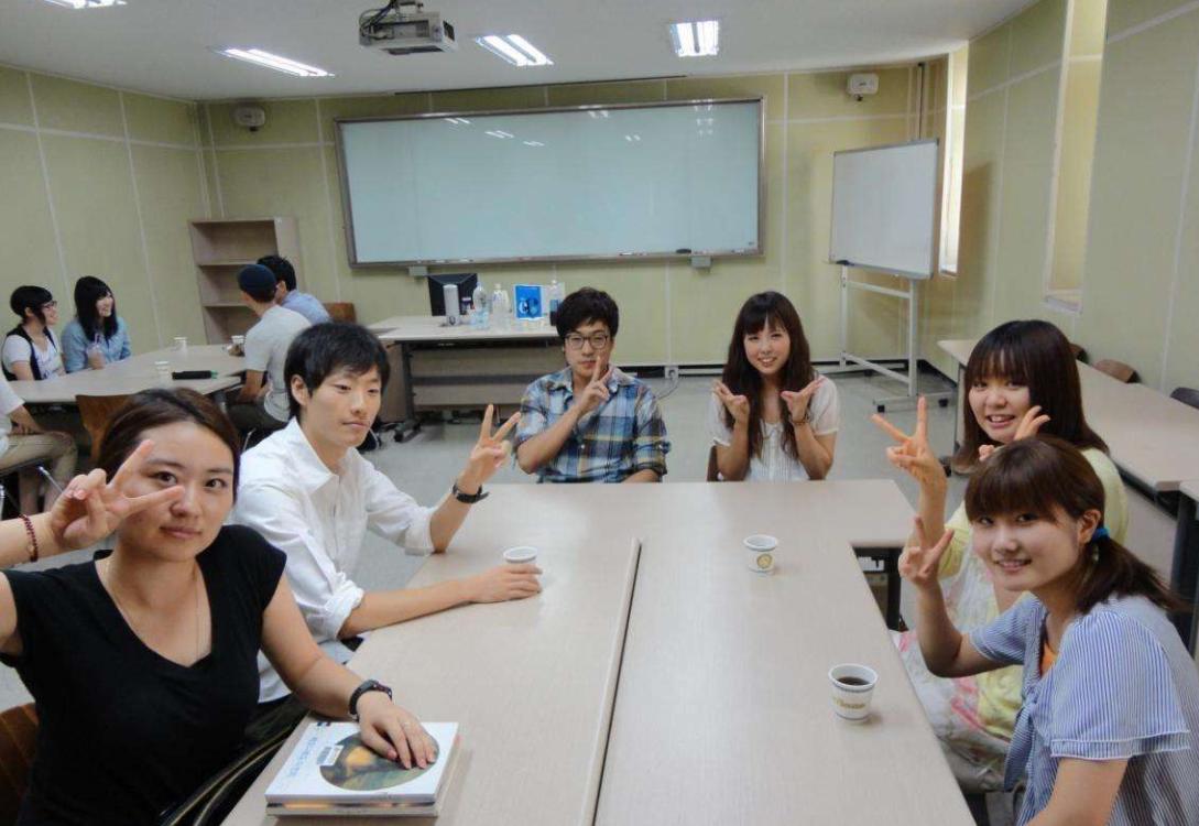 韩国留学生学习