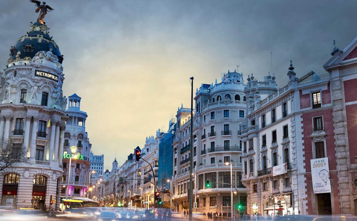 西班牙专升硕录取宽进严出,还可选择世界名校